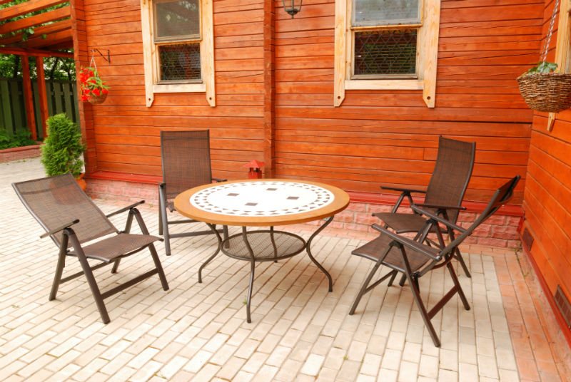 Upgrade your outdoor living space with a patio set
