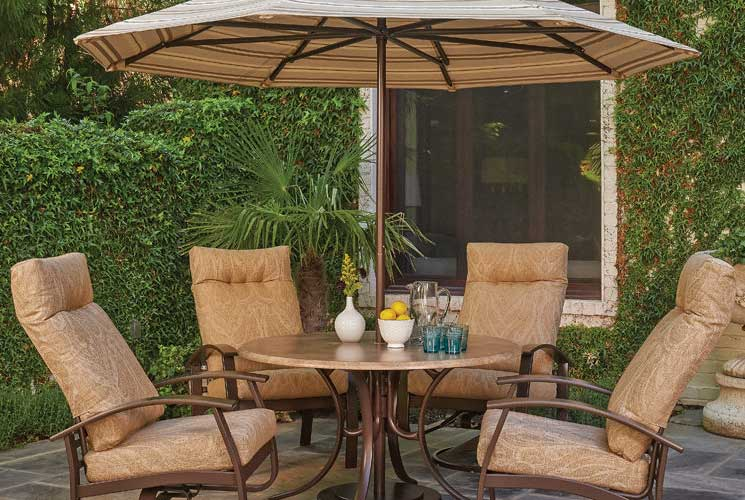 Dining Outdoors Has Never Been More Stylish Or Enjoyable